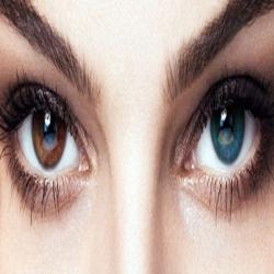 إكتشاف حديث يجعلك تستطيع تغير لون عيونك إلى اللون الأزرق مدى الحياة