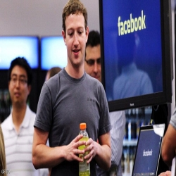 كلمتان تتسببان بخسارة 2.5 مليار دولار لمؤسس فيسبوك